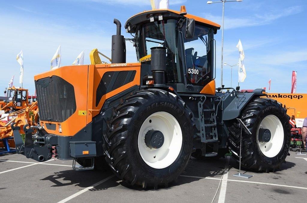 traktor 120 km h