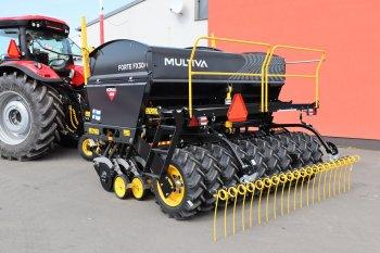 Multiva vyrábí i secí stroje. Moreau Agri má pro letošní sezónu připravený model Forte FX300. Zdroj foto - Milan Jedlička
